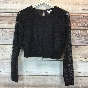Maurices Medium Long Sleeve Lace Crop Top Black